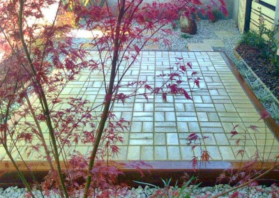 Paving, stones and planting